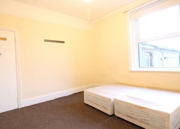 Thumbnail Room to rent in Green Lanes, Palmers Green