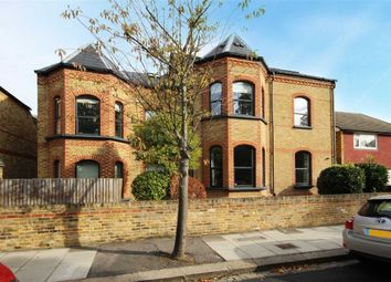 Thumbnail 1 bed flat to rent in Coleshill Road, Teddington