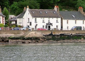 Thumbnail Pub/bar for sale in The Promenade, Limekilns, Fife