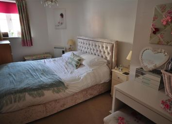 Thumbnail 2 bedroom flat for sale in Stagshaw Close, Maidstone, Kent