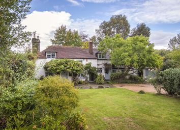 The Fleet, Fittleworth RH20. 3 bed detached house