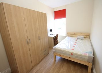 Thumbnail 5 bedroom flat to rent in Comer Gardens, Worcester