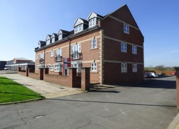 2 bed flat to rent in Thornaby Road, Thornaby, Stockton-On-Tees TS17