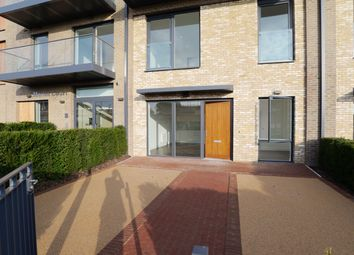 3 bed town house to rent in Handley Drive, Lodnon SE3