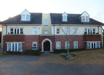 Thumbnail 1 bed flat to rent in Mount Harry Road, Sevenoaks