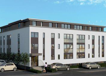 Thumbnail 2 bed flat for sale in 16 Elizabeth House, Christoper Road, East Grinstead