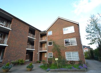 Thumbnail 2 bedroom flat to rent in Hook Road, Surbiton