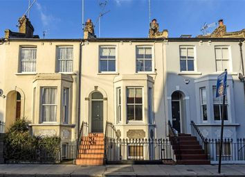 Thumbnail 3 bed flat for sale in Glenthorne Road, London