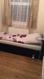 Thumbnail Room to rent in Lodge Close, London