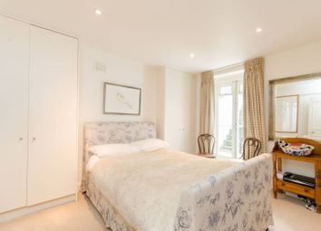 Thumbnail 3 bed maisonette for sale in Ifield Road, Chelsea