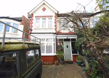 Thumbnail 3 bedroom end terrace house for sale in Queens Avenue, Finchley, London