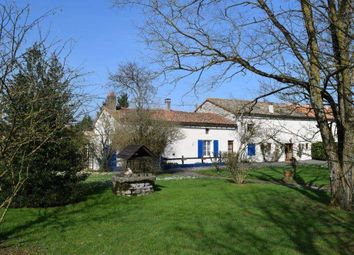 Thumbnail 7 bed country house for sale in 79190 Sauzé-Vaussais, France