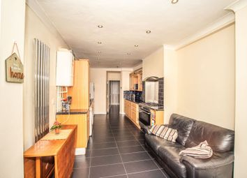 3 bed terraced house for sale in Wrotham Road, Gravesend DA11