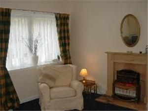Thumbnail 2 bedroom flat to rent in Chessels Court, Canongate, Edinburgh