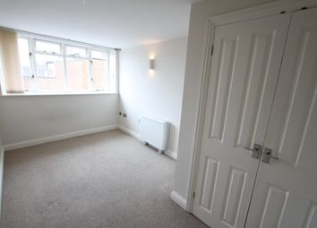 Thumbnail 1 bed flat to rent in Church Lane, Banbury, Oxon