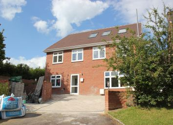 Thumbnail 5 bedroom detached house to rent in Lakers Rise, Banstead