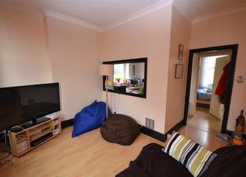 Thumbnail 1 bed flat to rent in Cheapside, Fortis Green, East Finchley