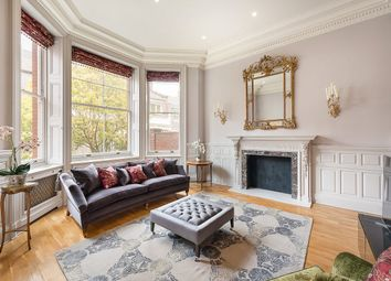 Thumbnail 3 bed flat for sale in Cadogan Square, Knightsbridge