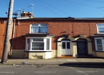 2 bed property to rent in Alcombe Road, Northampton NN1