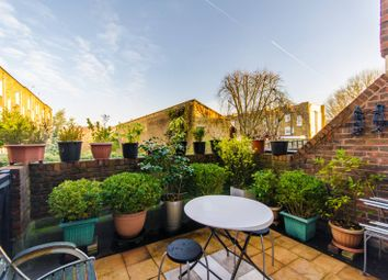 Thumbnail 2 bed flat for sale in Copenhagen Street, Islington