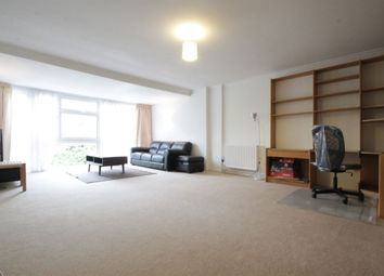 Thumbnail 4 bed town house to rent in Woodside Avenue, London