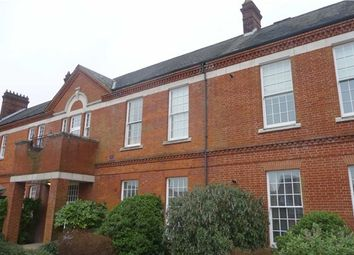 Thumbnail 3 bed flat to rent in Beckett Road, Nethern-On The Hill, Coulsdon