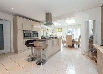 Thumbnail Detached house for sale in Broughton Avenue, Toddington, Dunstable