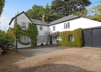 Thumbnail 3 bedroom detached house to rent in London Road, Ascot