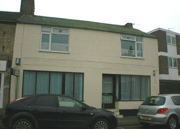 Thumbnail 1 bed flat to rent in Queens Street, Whittlesey