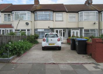 Thumbnail 3 bed property to rent in Broadlands Avenue, Enfield