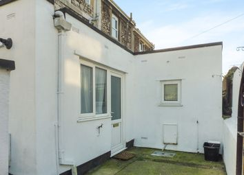 Thumbnail 2 bedroom flat for sale in Warberry Vale, Torquay