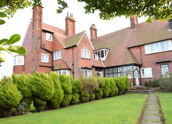Thumbnail 3 bed flat for sale in Holbeck Hill, Scarborough, North Yorkshire