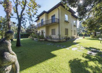 Thumbnail 5 bed villa for sale in Forte Dei Marmi, Forte Dei Marmi, Lucca, Tuscany, Italy