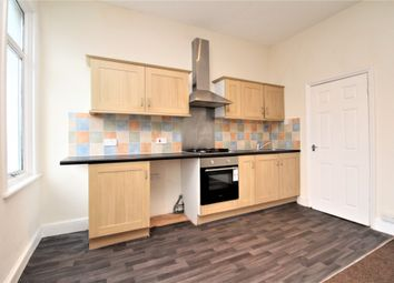 Thumbnail 2 bed flat to rent in Mosslea Road, Penge