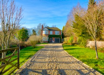 Station Road, Pluckley, Ashford TN27. 4 bed detached house for sale
