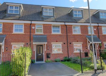 Aspen Road, Manchester M9. 3 bed town house