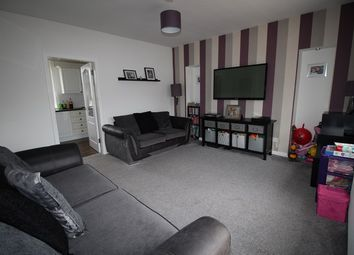 Thumbnail 2 bed flat for sale in 25 South Marshall Street, Grangemouth