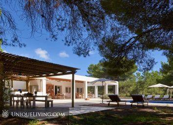 Thumbnail 4 bed villa for sale in Cala Jondal, Sant Josep, Ibiza
