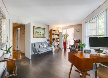 Earlham Street, West End, London WC2H. 1 bed flat