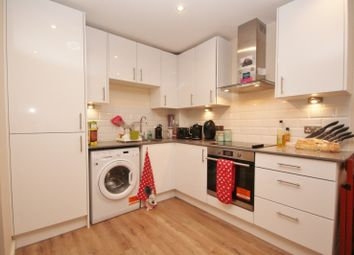 Thumbnail 1 bed flat to rent in Morland House, 12-16 Eastern Road, Romford