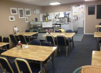 Thumbnail Restaurant/cafe for sale in Cafe & Sandwich Bars BD19, Scholes, Kirklees