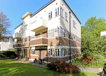 3 bed flat to rent in Eaton Rise, London W5