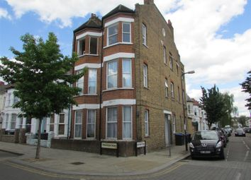 2 bed maisonette to rent in Tennyson Road, London NW6