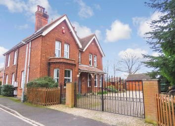 Thumbnail 6 bed detached house for sale in Arlesey Road, Henlow