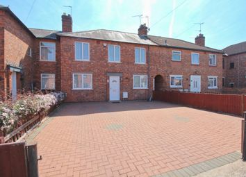 3 bed town house for sale in Thorpewell, Leicester LE5