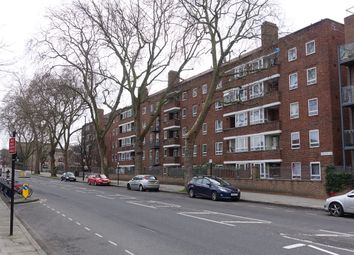 Thumbnail 3 bed flat for sale in Queensbridge Road, Haggerston