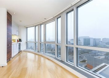 Thumbnail 1 bed flat to rent in Ontario Tower, Fairmont Avenue, Canary Wharf