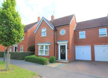 Thumbnail 4 bedroom link-detached house for sale in Langstone Ley, Welwyn Garden City