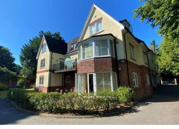 Tower Road, Branksome Park, Poole BH13. 2 bed flat