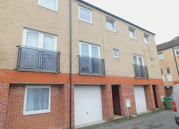 4 bed town house for sale in Carpathia Drive, Southampton SO14